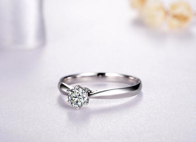 用20分钻石来表达你对爱人的心