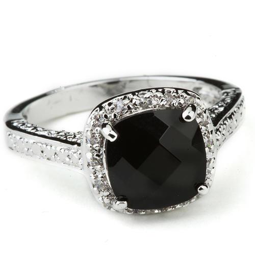 一枝独秀的黑钻石