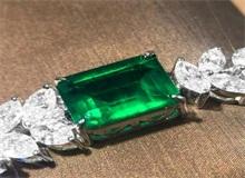 华贵气派的自然瑰宝绿色钻石