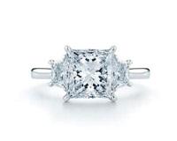 无色钻石彰显好品质钻石本色